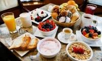 Παράλειψη πρωινού και καθυστερημένο δείπνο είναι συνδυασμός που σκοτώνει μετά από έμφραγμα